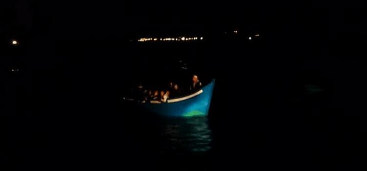 Kanaren: Nächstes Flüchtlingsboot erreicht Strand auf Gran Canaria