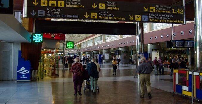 Spanien Schließt Flughäfen
