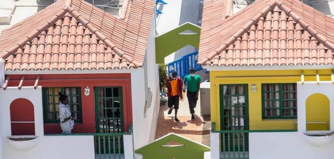 265 Flüchtlinge auf Gran Canaria in Ferien-Anlage untergebracht
