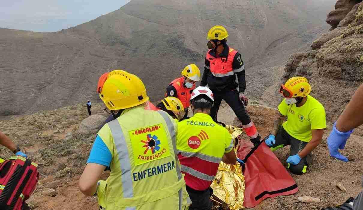 Lanzarote: Frau mit Pkw von Klippe in den Tod gestürzt
